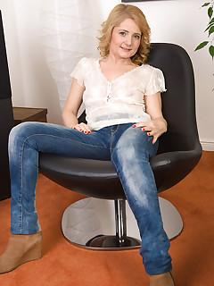 Cougar Jeans Pics