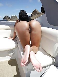 Cougar Latina Pics