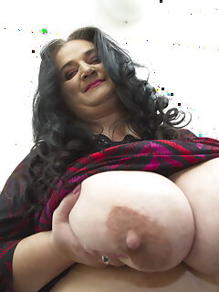 Cougar Nipple Pics